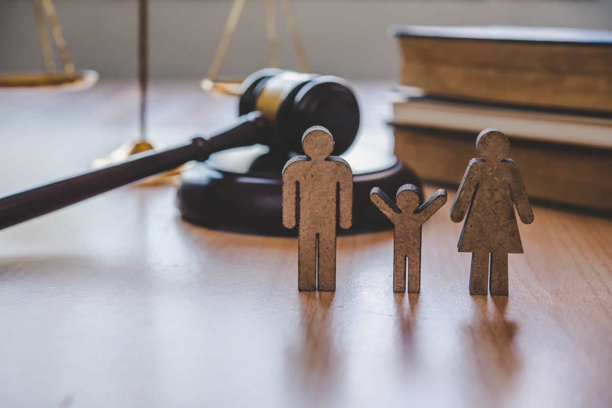 Four Questions to Ask Before Hiring a Family Lawyer