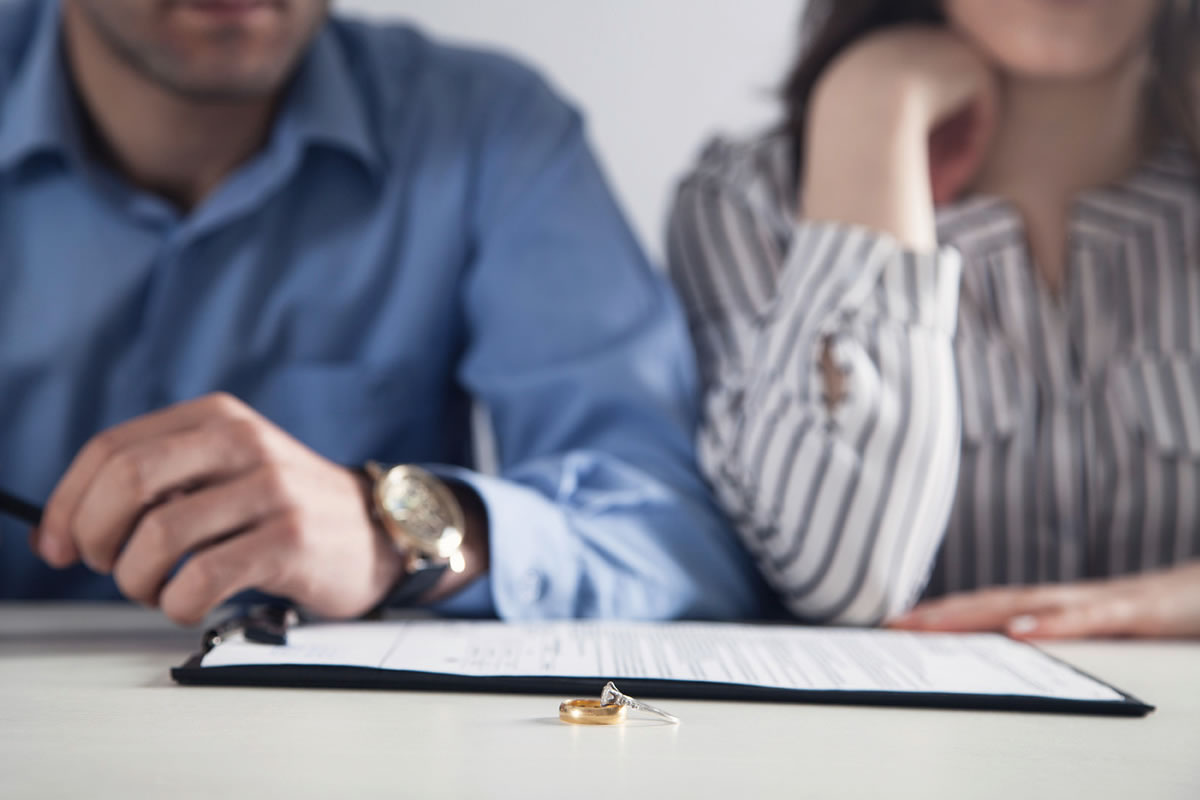 Four Signs It May Be Time for You to File for Divorce